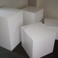 Puzzle - podesty ekspozycyjne Meander